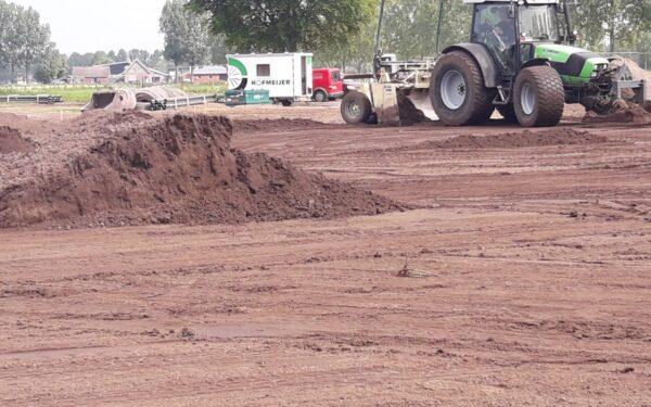 Nieuw natuurgrasveld en clubgebouw voor SV Rijssen